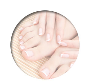 Polished Mobile Nails - manicured nails and pedicured feet